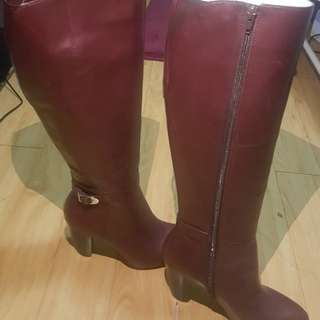 For sale leather boots brand new