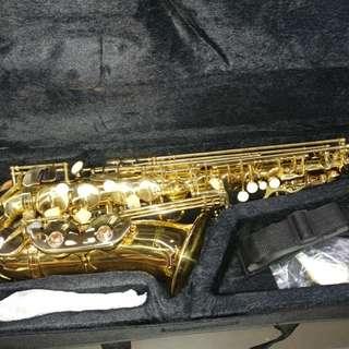 Global alto Saxophone