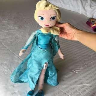 Disney Frozen - Elsa Stuffed Toy