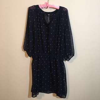 3/4 sleeve navy dress/tunic with purple floral print. Uniqlo size L