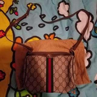 vintage gucci bag 9 成新