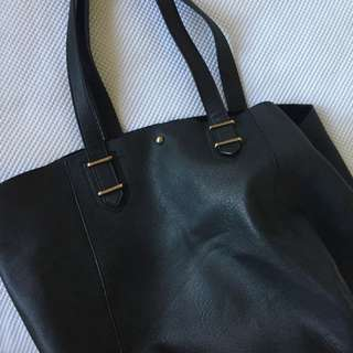 Sportsgirl Black Hand Bag