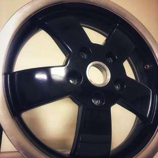 Vespa GT系列 12吋原廠雙色框 剛換下