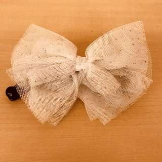 🚚 純白蝴蝶結髮夾