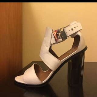 Wittner white leather & silver buckle high heel shoes