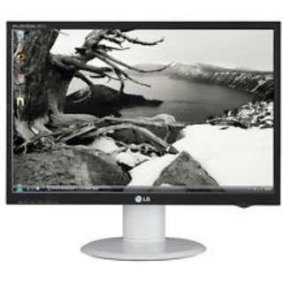 "LG L226WTQ-WF White 22"" 2ms GTG Widescreen LCD Monitor 300 cd/m2 3000:1 DCR HDCP"