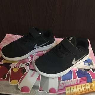 🚚 Nike 童鞋