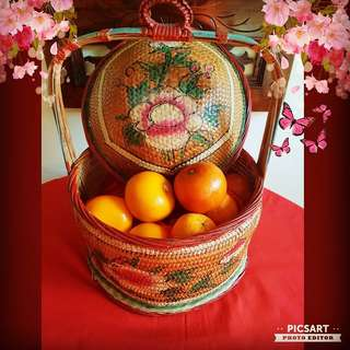 "1950s Peranakan Gifts Basket with Hand-Painted Flowers and Fruits. Good Condition and no damage.  Oranges not included. 12"" dia, 15"" height. $35, sms 96337309."