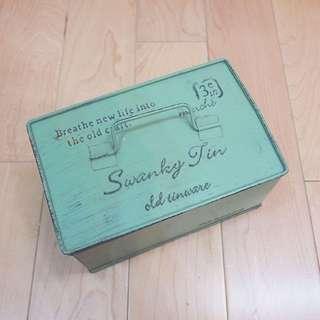 購自日本復古鐵盒收納box首飾雜物zakka