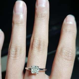 GIA証書👍1卡鑽石戒指