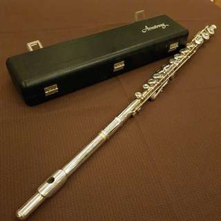 Armstrong Flute model 104