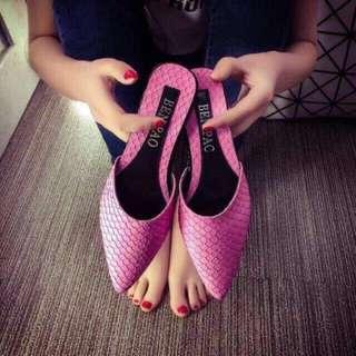 粉色尖頭懶人鞋 拖鞋