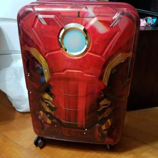 Samsonite Luggage 新秀麗旅行箱26'寸$1500元