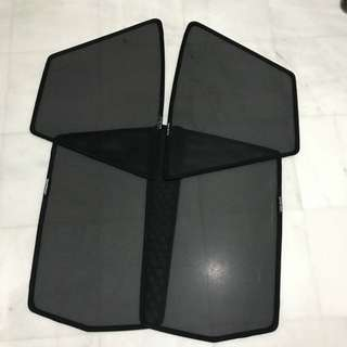 Magnetic shade for Honda Fit GE 2008 to 2013