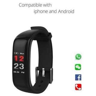 【彩色屏幕】智能手錶: WHATSAPP ,WECHAT 信息顯示/來電顯示人名/血壓,心率監測/計步器/睡眠監測 Smart Watch for iPhone Android