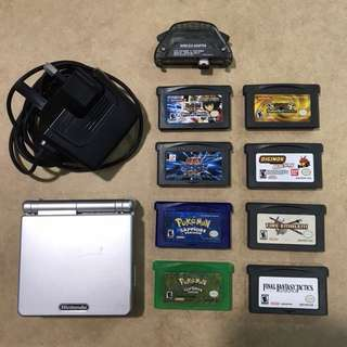Gameboy Advance SP + Games Package
