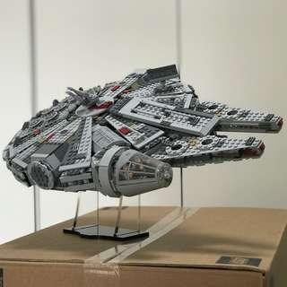 SALE Lego 75105 Millennium Falcon TFA dismantled set