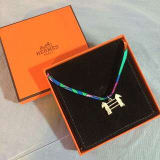 全新未使用愛馬仕限量版特別版頸鏈手繩吊飾物 New Hermes Bracelet Necklace Decoration
