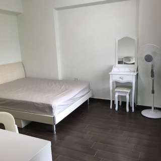 Sembawang one common room for rent