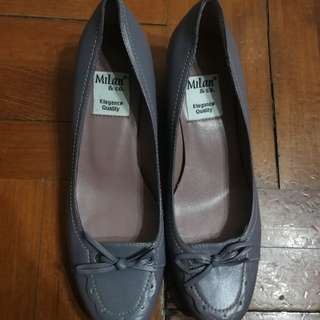 Milan shoes size 35