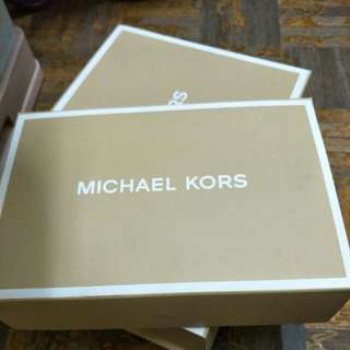 Michael Kors paper box (small)