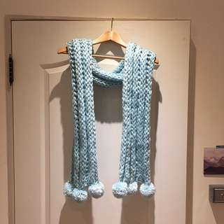 Baby blue 粗針織圍巾