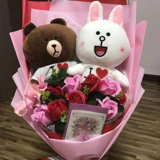 FAST DEAL LAST ONE! Valentine's day Line Friends with silk 🌹 roses Bouquet with cony and brown 🐻 bear valentine day gift