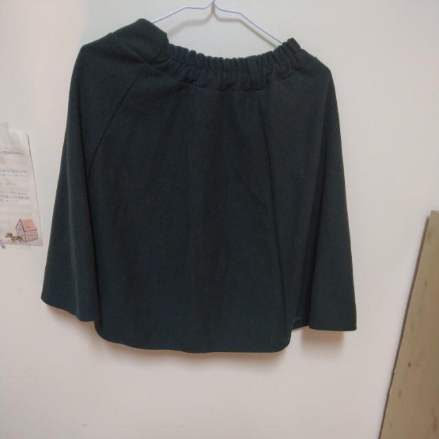 墨綠毛料氣質小圓裙