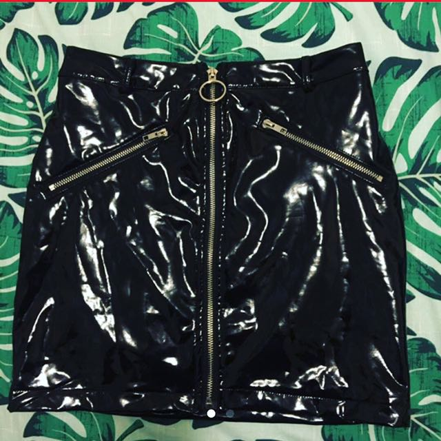 ✨ black leather festival zip up skirt