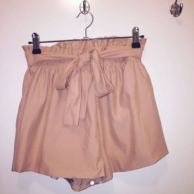 ✨ brown/nude tie up shorts
