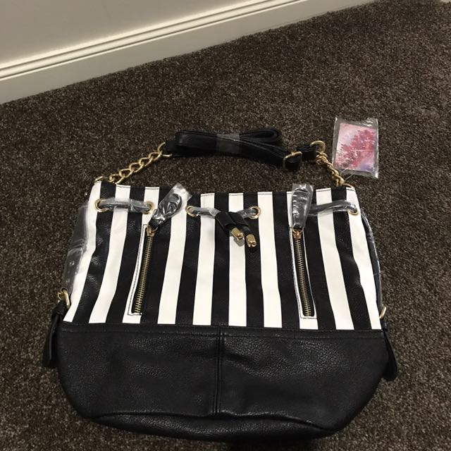 Black and white bag with chain strap