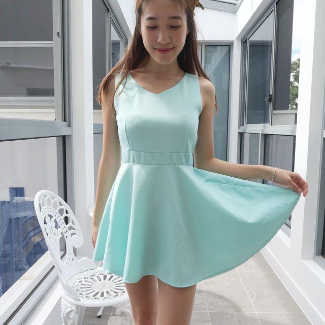 Boutique Tiffany Blue Dress