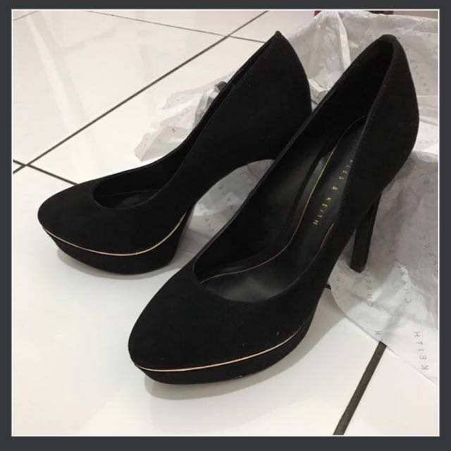 CHARLES N KEITH HIGH HEELS ( REAL PICT )