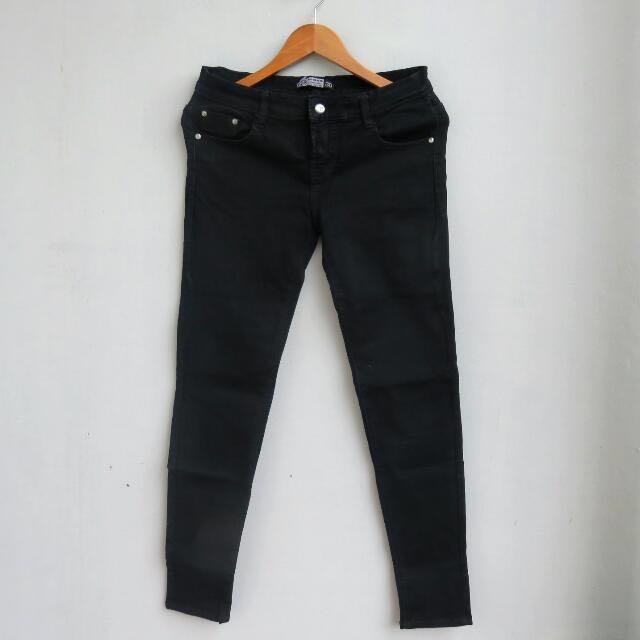 #cintadiskon Black Jeans Salur
