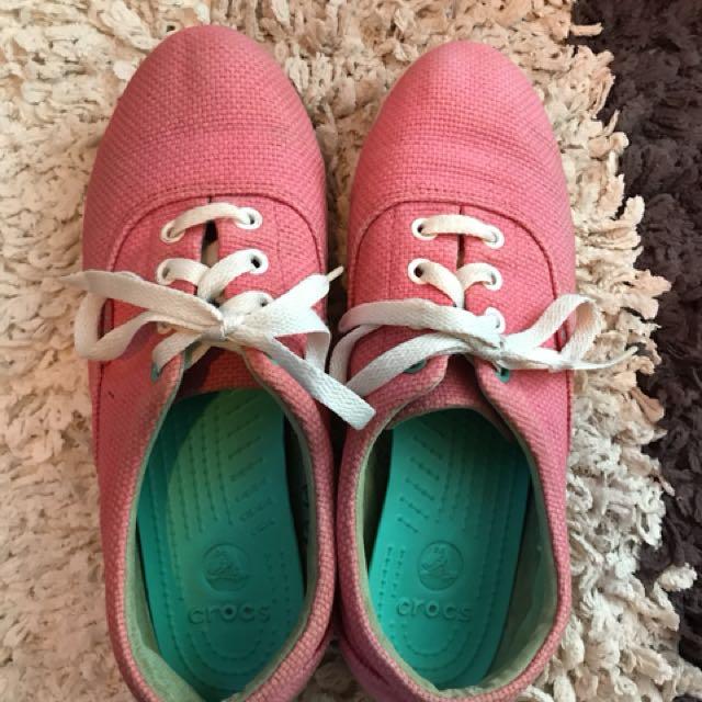 CROCS卡駱馳休閒帆布鞋旅行鞋懶人鞋