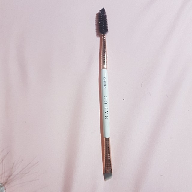 eyebrow brush ( 2 sisi kuas dan spoolie