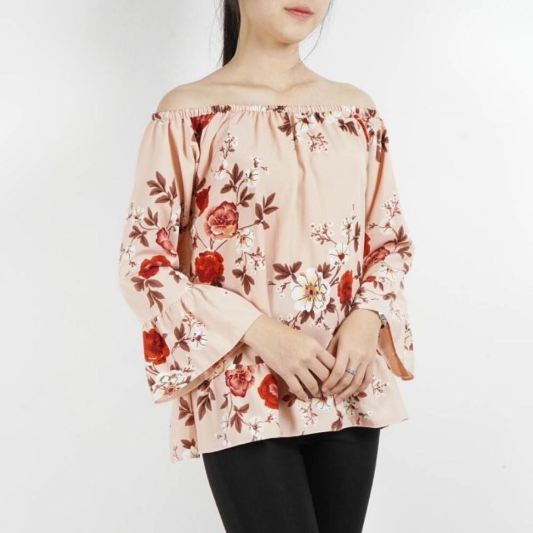 Hulmone sabrina blouse