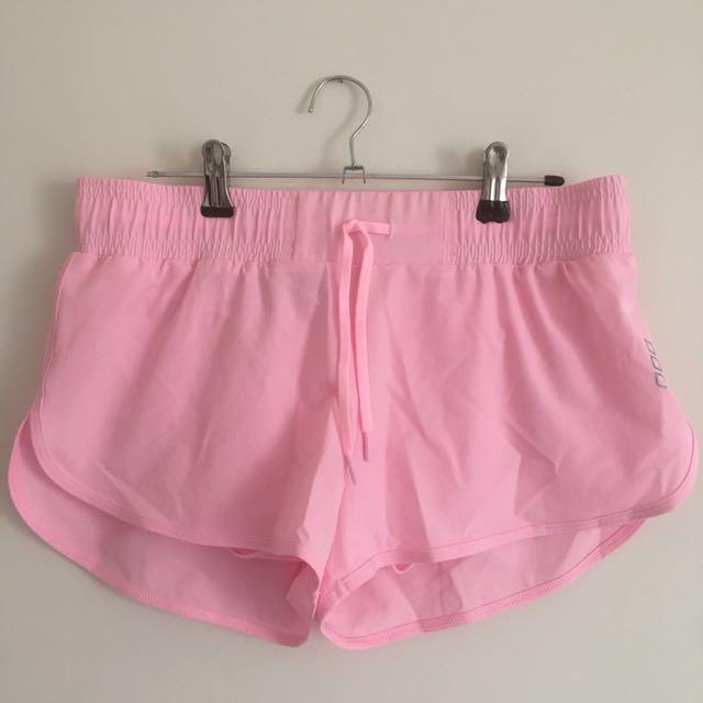 Lorna Jane shorts size 8