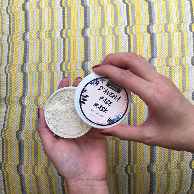 Masker oat and milk