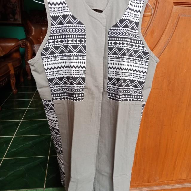 Outer motif batik/tenun
