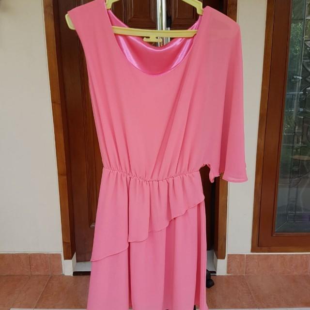 Pink one sleeve dress #CNY2018
