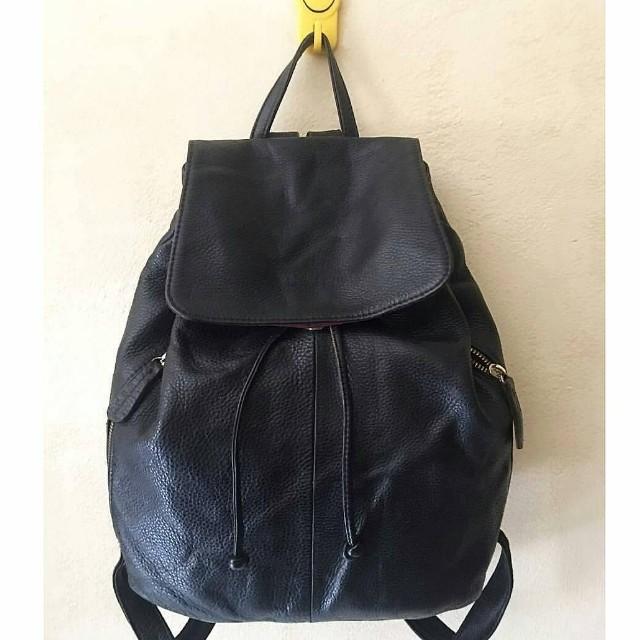 Preloved full leather backpack from korea