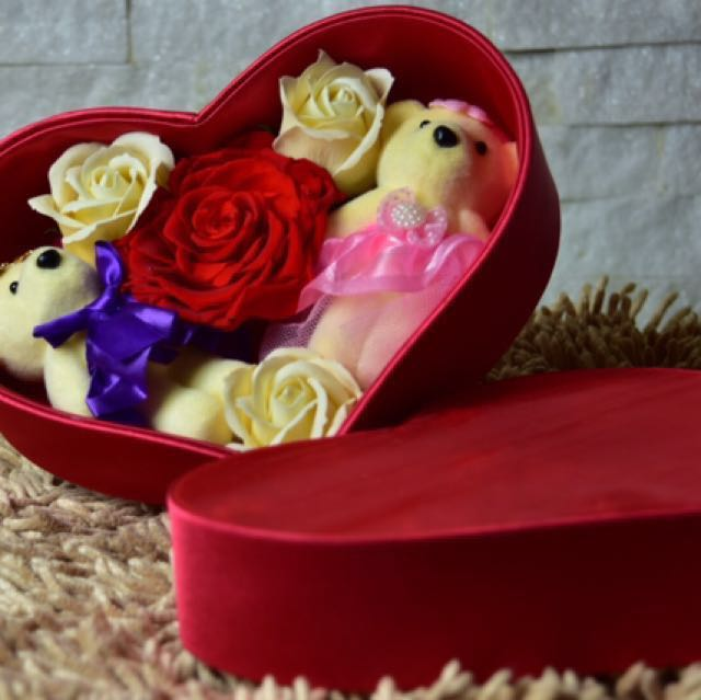 Preserved Flower box Perfect for Valentines day