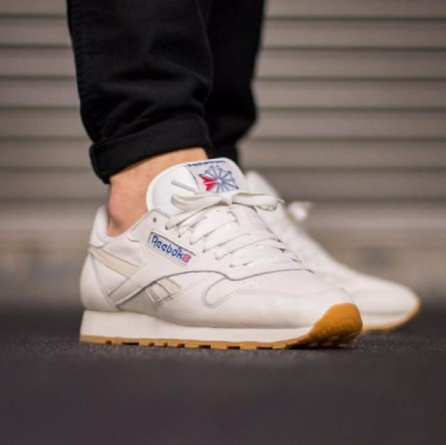 9965c65a476 Reebok classic leather vintage white shoes  sneakers