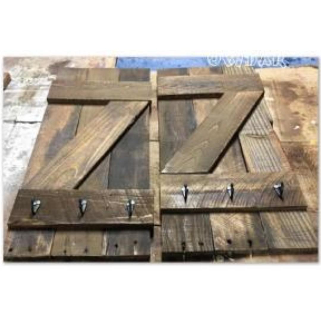 Rustic Palltet Decor/Shutters/Barnwood Set of 2 w/hooks