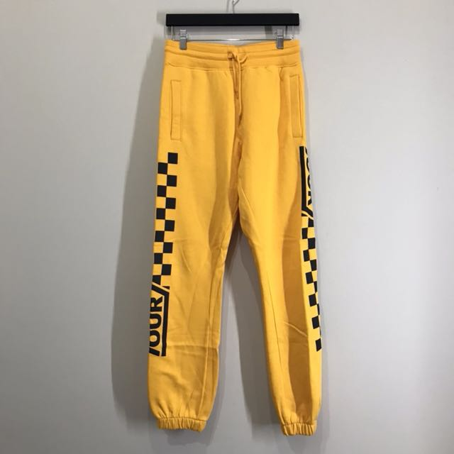 STADIUM TOUR Yellow Pants