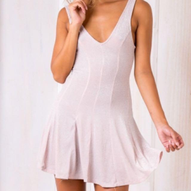 STELLY Dress Size 8 BNWT