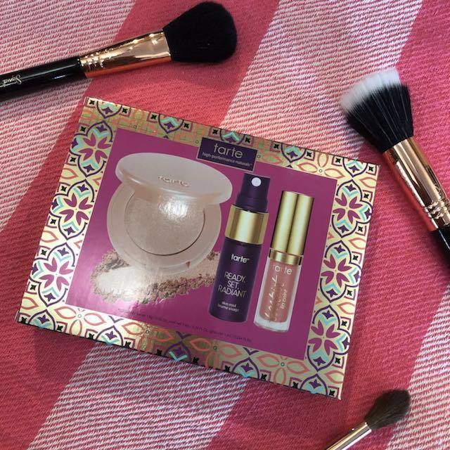Tarte highlight, setting spray, lip paint set