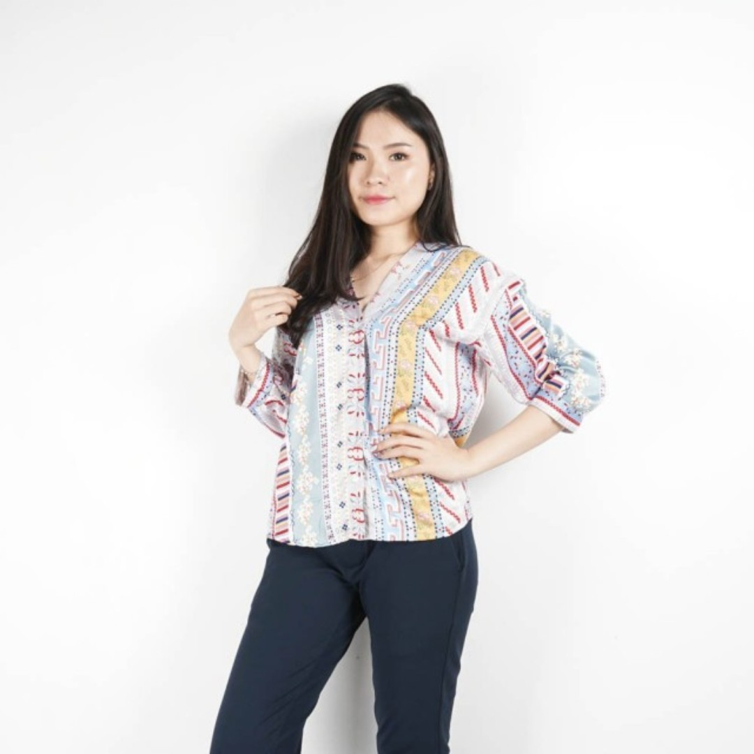 Tetavano longsleeve blouse