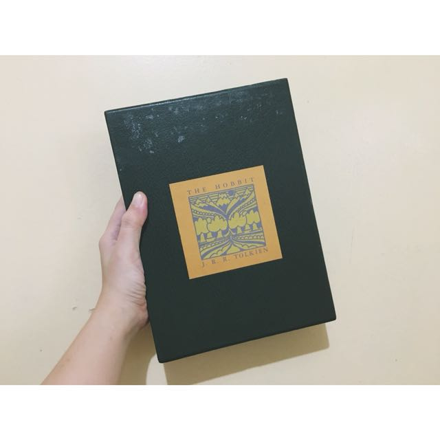 The Hobbit Collector's Edition Leatherbound